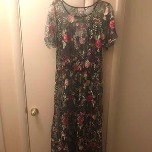 Deanne ll floral maxi dress!
